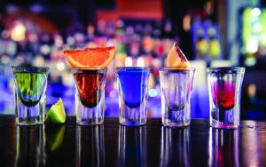 Bar à shooters FIN PALLET pour événements privés, mariages et événements professionnels