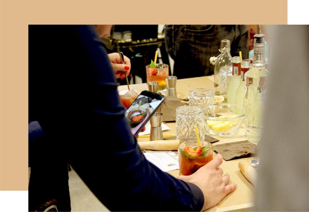 Cours de cocktail à Lyon, bar à cocktail par un traiteur cocktails FIN PALLET